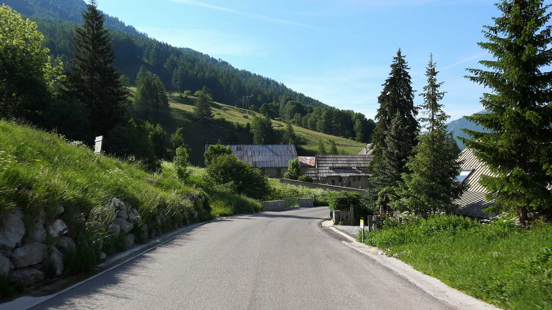 Part 1 of Mercantour Loop Grand Tour Gallery Image 2